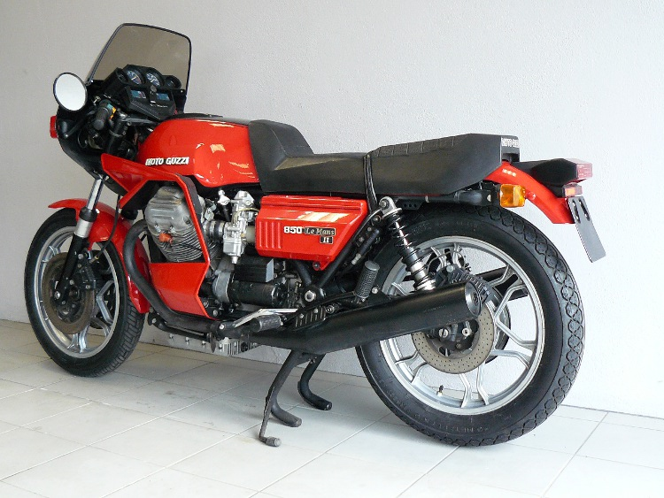 moto guzzi le mans 2 de 1980 d 39 occasion motos anciennes. Black Bedroom Furniture Sets. Home Design Ideas