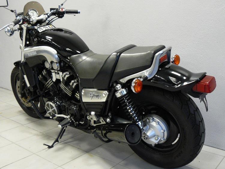 v max 1200 black de 1993 d 39 occasion motos anciennes de collection japonaise motos vendues. Black Bedroom Furniture Sets. Home Design Ideas